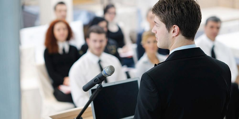 Easy Ways To Finally Overcome Your Fear Of Public Speaking